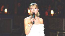 2003 Emma Tekelyová