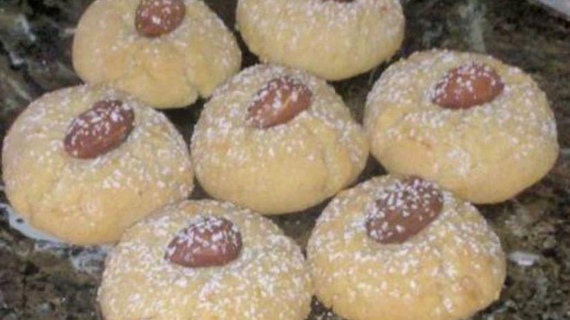 Pomarančovo-kardamónové koláčiky s mandľami.