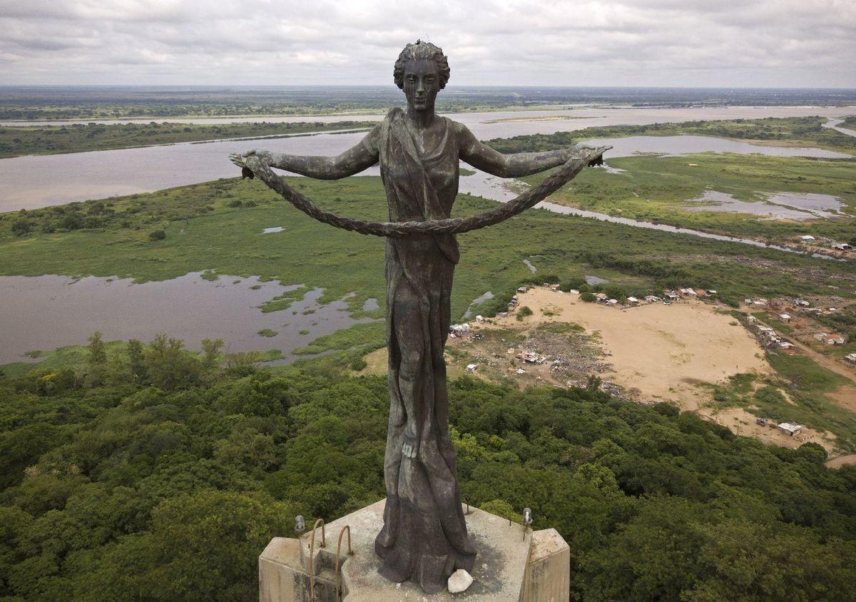Paraguaj, socha