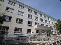 sud, budova, okresny sud ba III, biely kriz