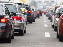 autá, kolóna, diaľnica