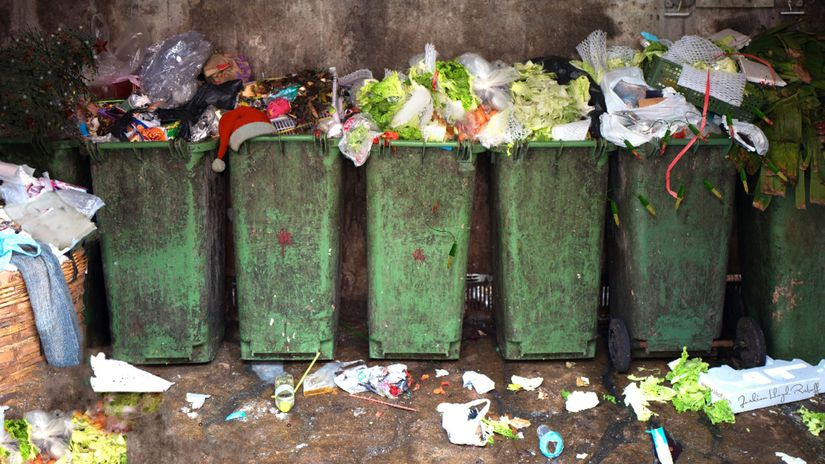 Vianoce, odpad, kôš