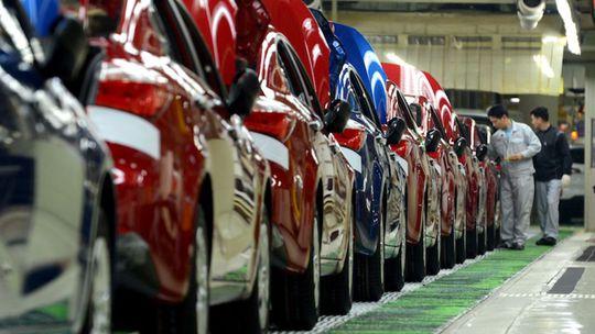 Hyundaiu a Kii klesol odbyt už druhý rok po sebe