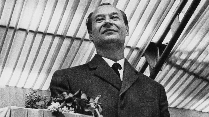 Aleander Dubček