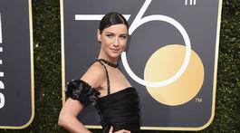 Herečka Caitriona Balfe v kreácii Chanel.