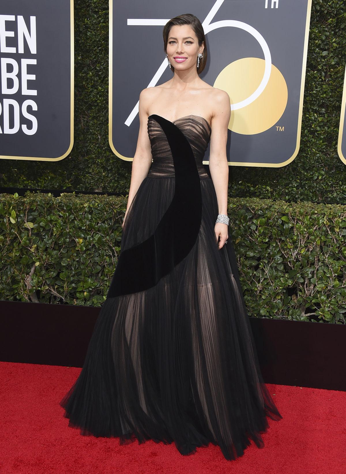 Herečka Jessica Biel v šatách Dior Couture.