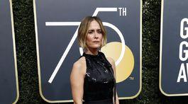 Herečka Sarah Paulson v šatách Calvin Klein by Appointment.