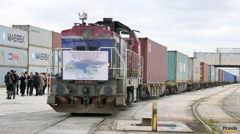 prvy nakladny vlak z Ciny, nakladna doprava,