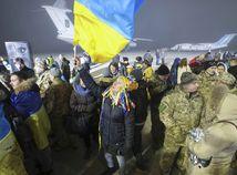 Na hranici s Ukrajinou sa koncentrujú ruské sily pre možný útok, tvrdí Kyjev