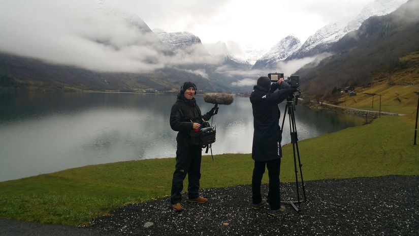 kameraman, jazero