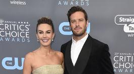 Herečka Elizabeth Chambers a jej manžel Armie Hammer.