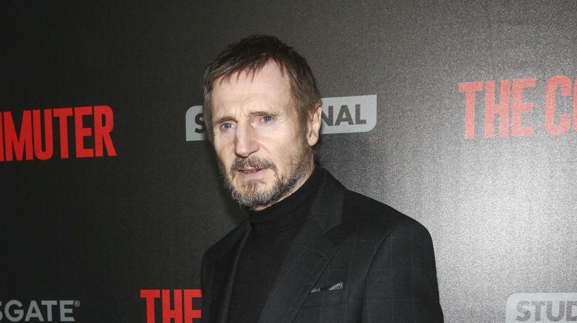 Herec Liam Neeson na archívnom zábere.