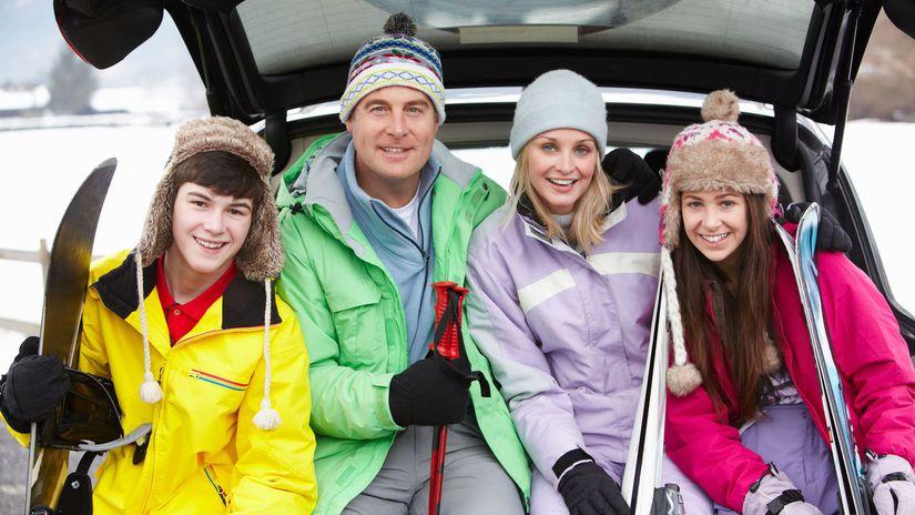 rodina, zima, lyžovanie, lyžovačka, lyže