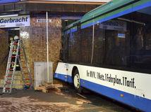 Nemecko, havária autobusu, školáci, Eberbach