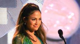 Rok 2000. Speváčka Jennifer Lopez