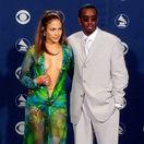 12 najslávnejších šiat Grammy? Víťaz jasný - Lopez a jej výstrih po pupok