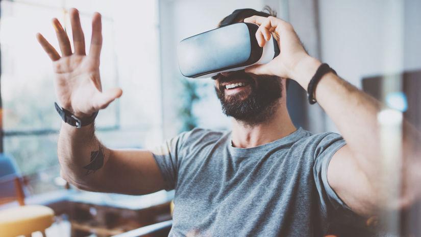 Virtuálna realita, VR, simulácia, 3D okuliare, muž