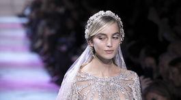Kristína Činčurová ako nevesta v záverečnom modeli kolekcie Elie Saab Haute Couture