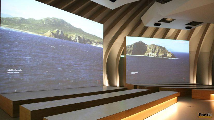 Prehliadka múzea vín je plne multimediálna a audiovizuálna.