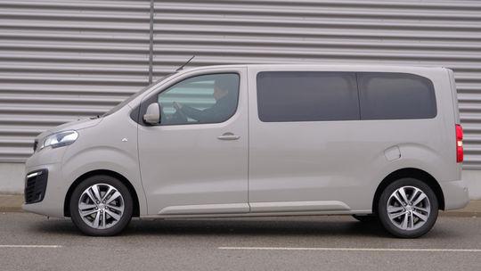 Test: Peugeot Traveller 2,0 BlueHDI – lepší ako MPV