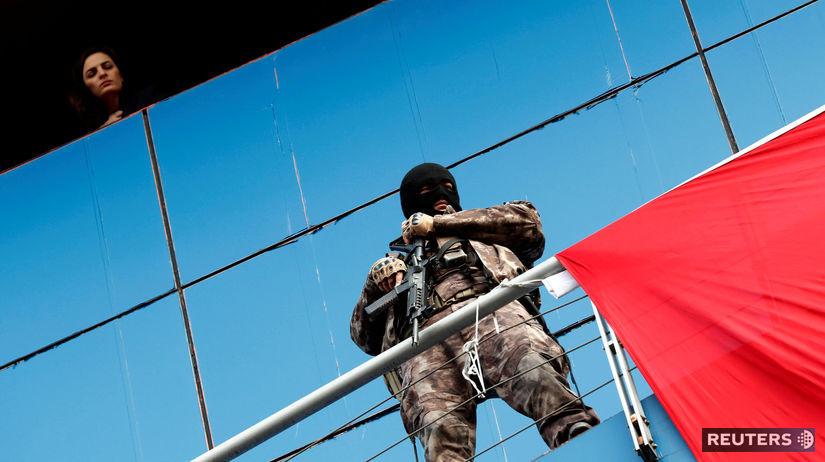 Turecko, polícia, policajt