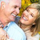 dôchodcovia, staroba, úsmev, šťastie. muž, žena
