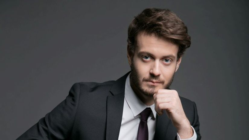 Herec Adam Jančina.