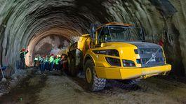 Svetlo na konci tunela Višňové - Ekonomika - Správy - Pravda.sk ade40ae0836