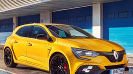 Renault-Megane RS-2018-1024-0b