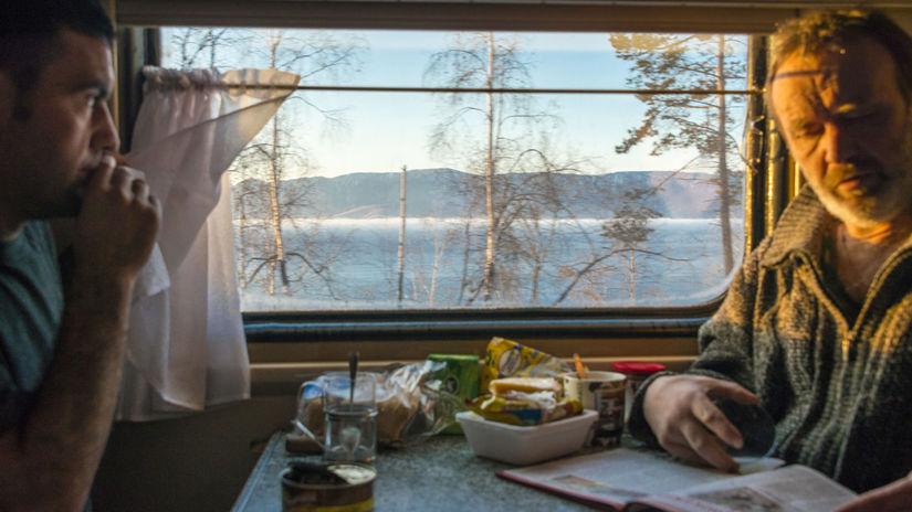 Transsibírska magistrála, vlak, Bajkal, cestujúci
