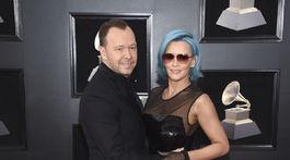 Herec a hudobník Donnie Wahlberg a jeho partnerka Jenny McCarthy.