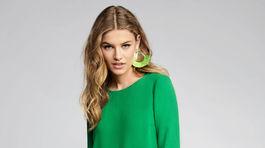 Populárny odtieň zelenej farby sa objavuje v móde naprieč celým šatníkom.