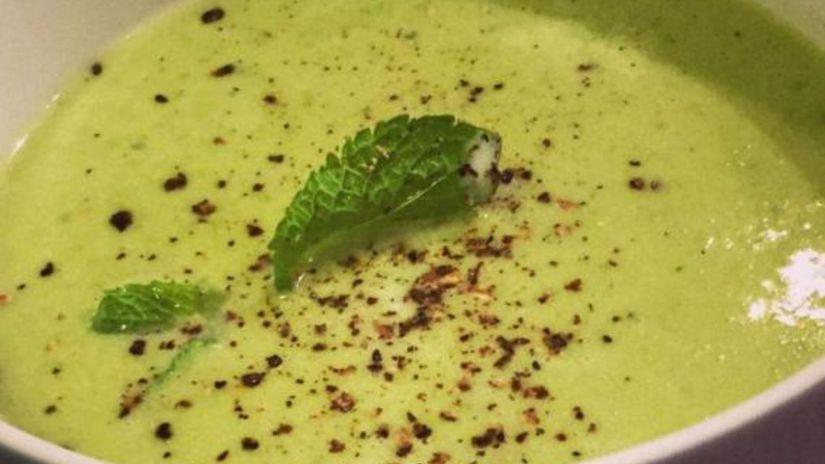 Hrášková polievka so škoricou