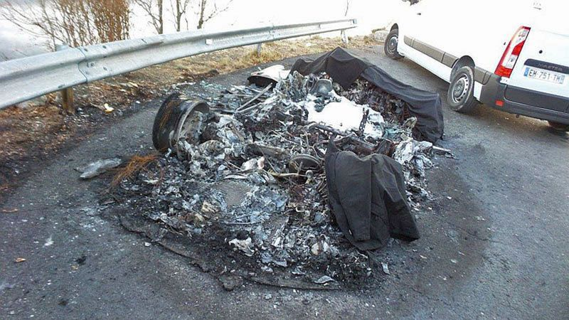 alpine a110 zhorelo na uho jazdy prototypov renault zastavil magaz n auto. Black Bedroom Furniture Sets. Home Design Ideas