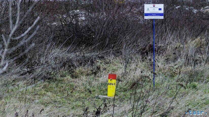 SR Bratislava CHZJD skládka Vrakuňa monitoring BAX