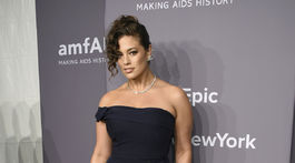 Topmodelka Ashley Graham na akcii amfAR Gala v New Yorku.