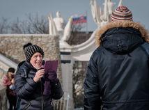 počasie zima čiapky ľudia