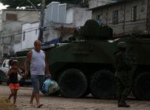 Brazília, polícia, armáda