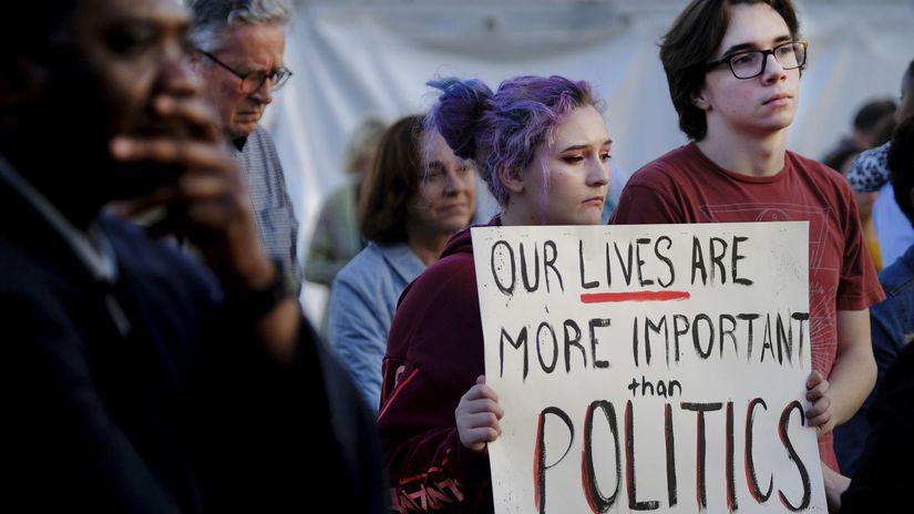 protest USA streľba Florida zbrane