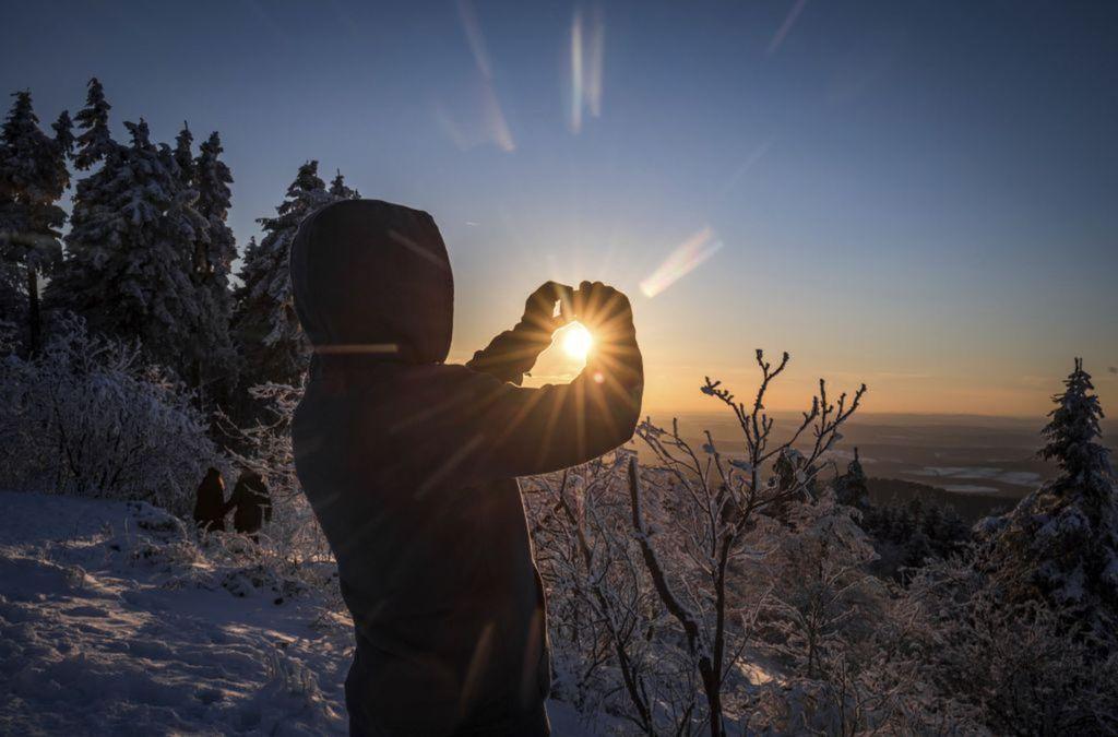 zima, sneh, mráz,  počasie, slnko, fotoaparát, fotenie,