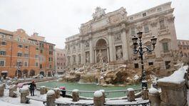 Rím, sneh, zima, Taliansko, fontána di Trevi