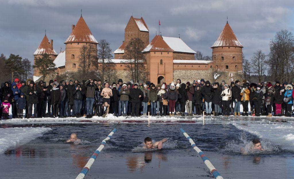 Litva, plavci, sneh, mráz, zima,