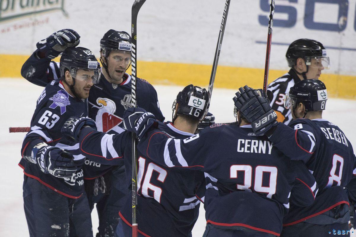1b13c52a74a57 Slovan ukončil sezónu víťazstvom. Viedenský: Aspoň bodka bola dobrá