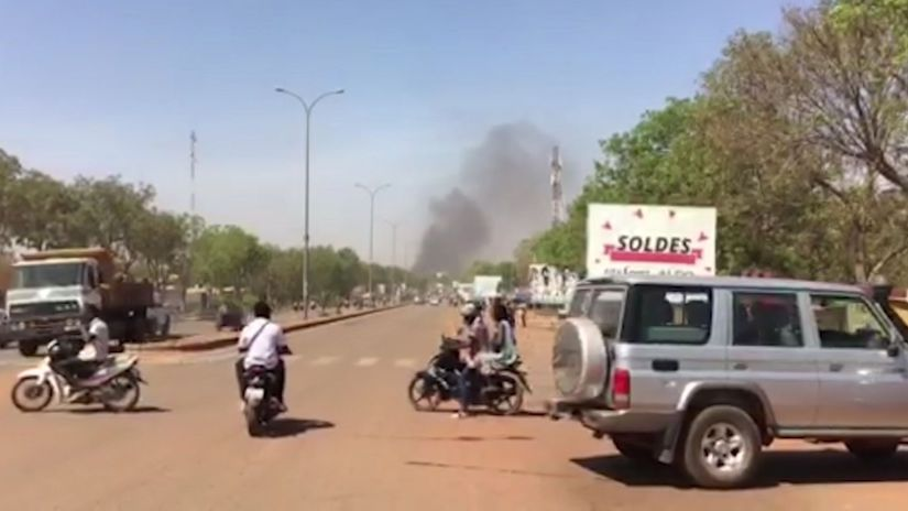 Burkina Faso, metropola, streľba, dym