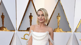 Herečka Margot Robbie v kreácii Chanel Couture.