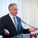 Ústavný právnik Eduard Bárány: Prezident sa nachádza mimo ústavy
