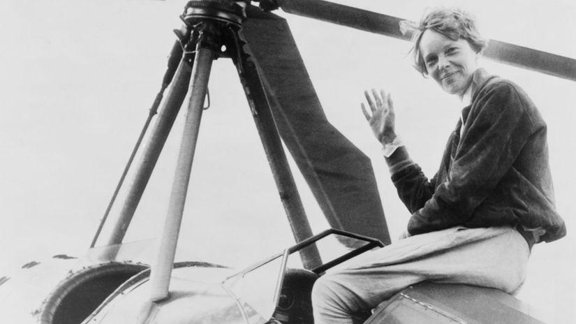 Amélia Earhartová, letkyňa, USA