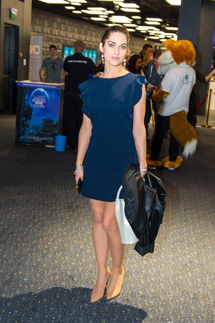 Herečka Judit Bárdos na premiére filmu Backstage.