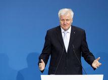Únia rokuje s východoeurópskymi štátmi povýšenecky, myslí si Seehofer