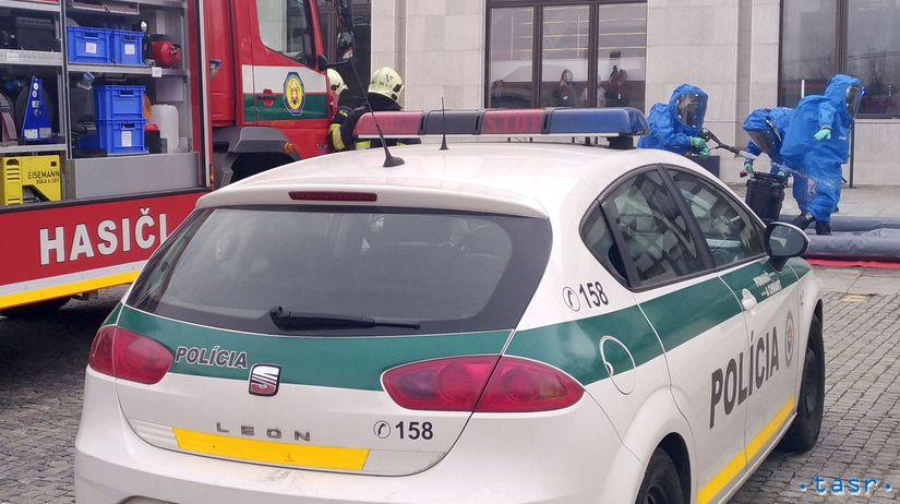 SR NRSR prášok polícia vchod uzavretie BAX